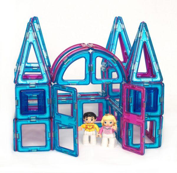 magnetic building blocks princess castle set