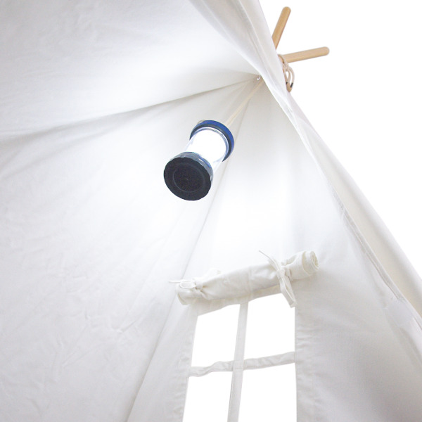 White Tent with Lantern web_600