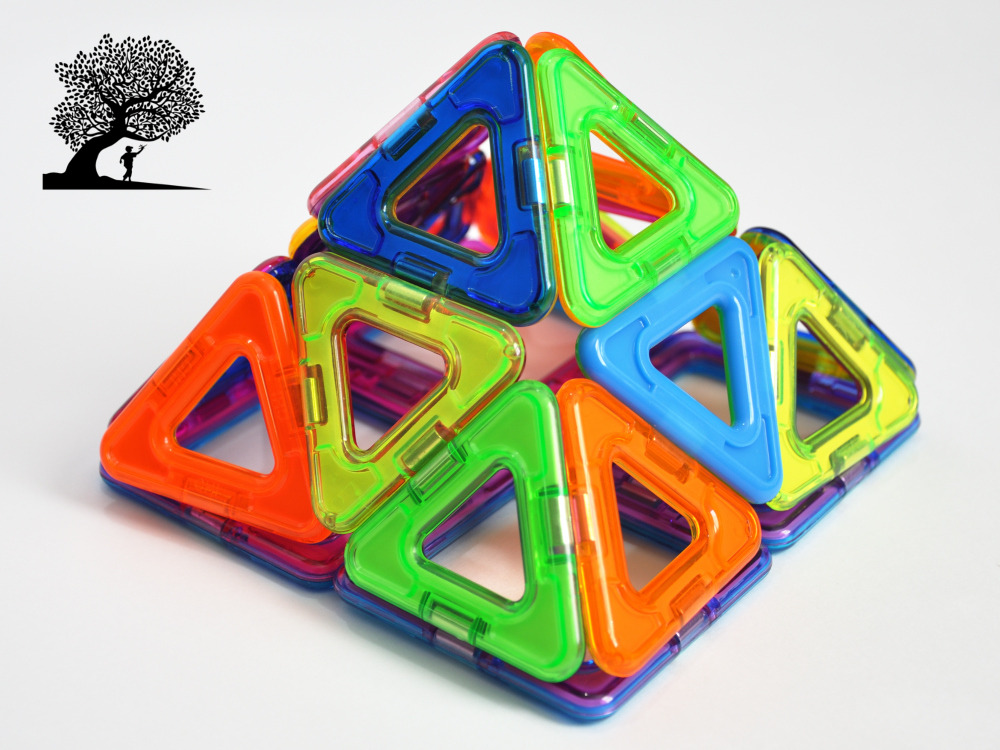 magnetic tile shapes, building a Pyramid